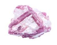 Грубый белый кварц обитый с розовыми кристаллами турмалина, от Бразилии Стоковая Фотография
