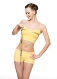 грудь измеряя довольно сь женщину Стоковая Фотография
