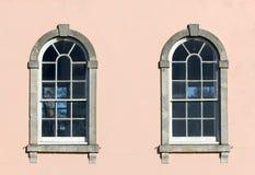2 грузинских окна Стоковая Фотография