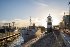 Грузите в порте Осло в witner, Норвегии Стоковое Фото