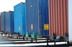 грузить контейнеров Стоковые Изображения