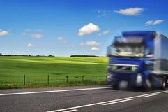 Грузовик на дороге стоковые фото