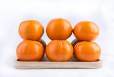 Группа в составе апельсины мандарина изолированные на белой предпосылке Стоковое фото RF