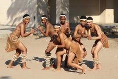Группа в составе африканские танцоры Стоковая Фотография