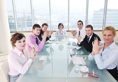 Группа в составе бизнесмены на встрече Стоковые Фотографии RF