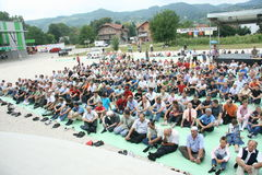 Группа в составе верующие слушает к лекторам Стоковые Изображения RF