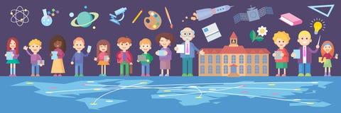Группа в составе дети стоя перед школьным зданием Стоковые Изображения RF