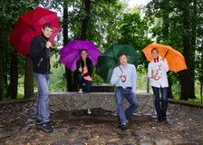 Группа в составе друзья стоковое фото
