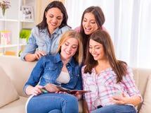 Группа в составе девушки Стоковое Изображение