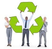 Группа в составе держать предпринимателей рециркулирует символ Стоковая Фотография RF