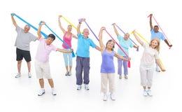 Группа в составе здоровые люди в фитнесе Стоковые Изображения RF