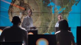 Группа в составе исследует исследуя солнечную деятельность акции видеоматериалы