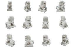 Группа в составе китайская имперская статуя льва, изолированная на белом backgro Стоковая Фотография