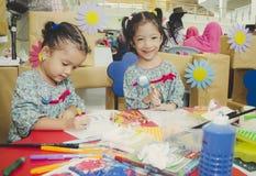 Группа в составе милый маленький preschool ягнится чертеж Стоковое Изображение