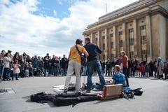 Группа в составе музыка улицы в Париже Стоковые Фото