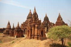 Группа в составе пагоды в Bagan стоковая фотография rf