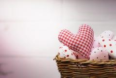 Группа в составе сердца в плетеной корзине Стоковое фото RF