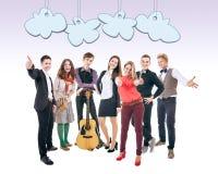 Группа в составе счастливые усмехаясь студенты Стоковые Изображения
