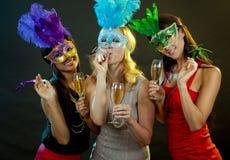Группа в составе partying женщин Стоковое фото RF