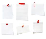 группа зажима дела замечает красный цвет офиса Стоковые Фотографии RF