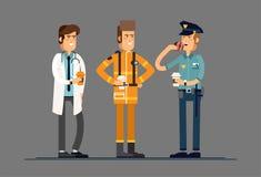 Группа людей, различные работники профессий, друзья, выпивая кофе Полицейский концепции сыгранности, пожарный Стоковые Фотографии RF