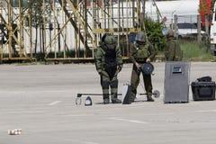 группа по обнаружению и обезвреживанию взрывных устройств Стоковые Изображения RF