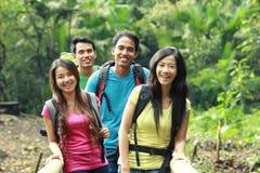 Группа людей совместно стоковое изображение rf
