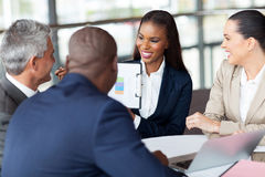 Групповая встреча бизнес-группы стоковые изображения