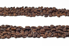 2 группы в составе зажаренные в духовке кофейные зерна Стоковое фото RF