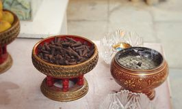 Группы конусов ладана ароматичные коричневые Стоковое Фото