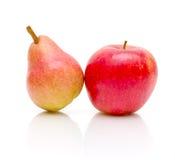 груша конца предпосылки яблока вверх по белизне Стоковая Фотография