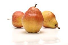 Груши и яблоки Стоковые Фотографии RF