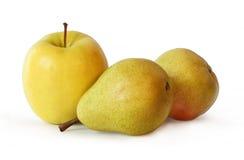 груши 2 яблока одного Стоковые Изображения