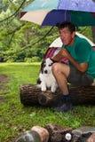 Груды туриста в дожде Стоковая Фотография