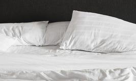 Грязная простыня и подушки Стоковое Изображение RF