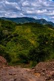Грязная улица в гватемальских горах стоковое фото rf