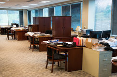 Грязный офис, рабочее место, кабины Стоковая Фотография RF