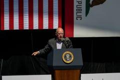 Губернатор Джерри Брайн Калифорнии на двадцатом ежегодном саммите 12 Лаке Таюое Стоковое Изображение