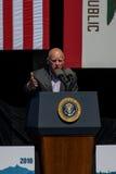 Губернатор Джерри Брайн Калифорнии на двадцатом ежегодном саммите 5 Лаке Таюое Стоковая Фотография