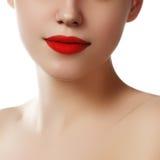 губы сексуальные Деталь состава губ красоты красная Красивые clos состава Стоковое Изображение