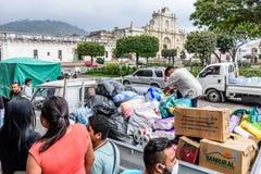 Гуманитарная помощь после извержения вулкана Fuego, Антигуа, Guatemal Стоковая Фотография