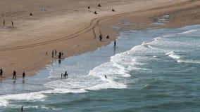 гулять пляжа сток-видео