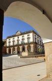 Главная площадь и здание муниципалитет, Caceres, эстремадура, Испания Стоковая Фотография RF