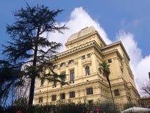 Главная синагога на банках реки Тибра в Риме Италии Стоковые Фото