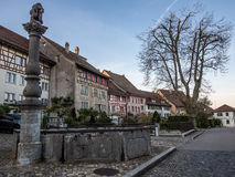 Главная улица в Regensberg около Цюриха - 1 стоковое фото rf