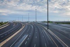 Главное шоссе в раннем вечере Стоковое фото RF