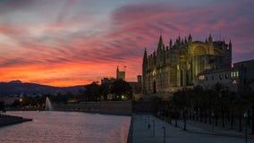 Главное catherdal Palma de Mallorca на сумраке Стоковое Изображение RF