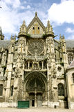 Главный вход собора Senlis, Франция Стоковые Фотографии RF