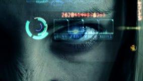 Глаз девушки с светом и отражением акции видеоматериалы
