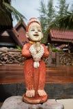 Глина девушки в саде Sawasdee куклы, гостеприимсво культуры  Стоковое Изображение RF